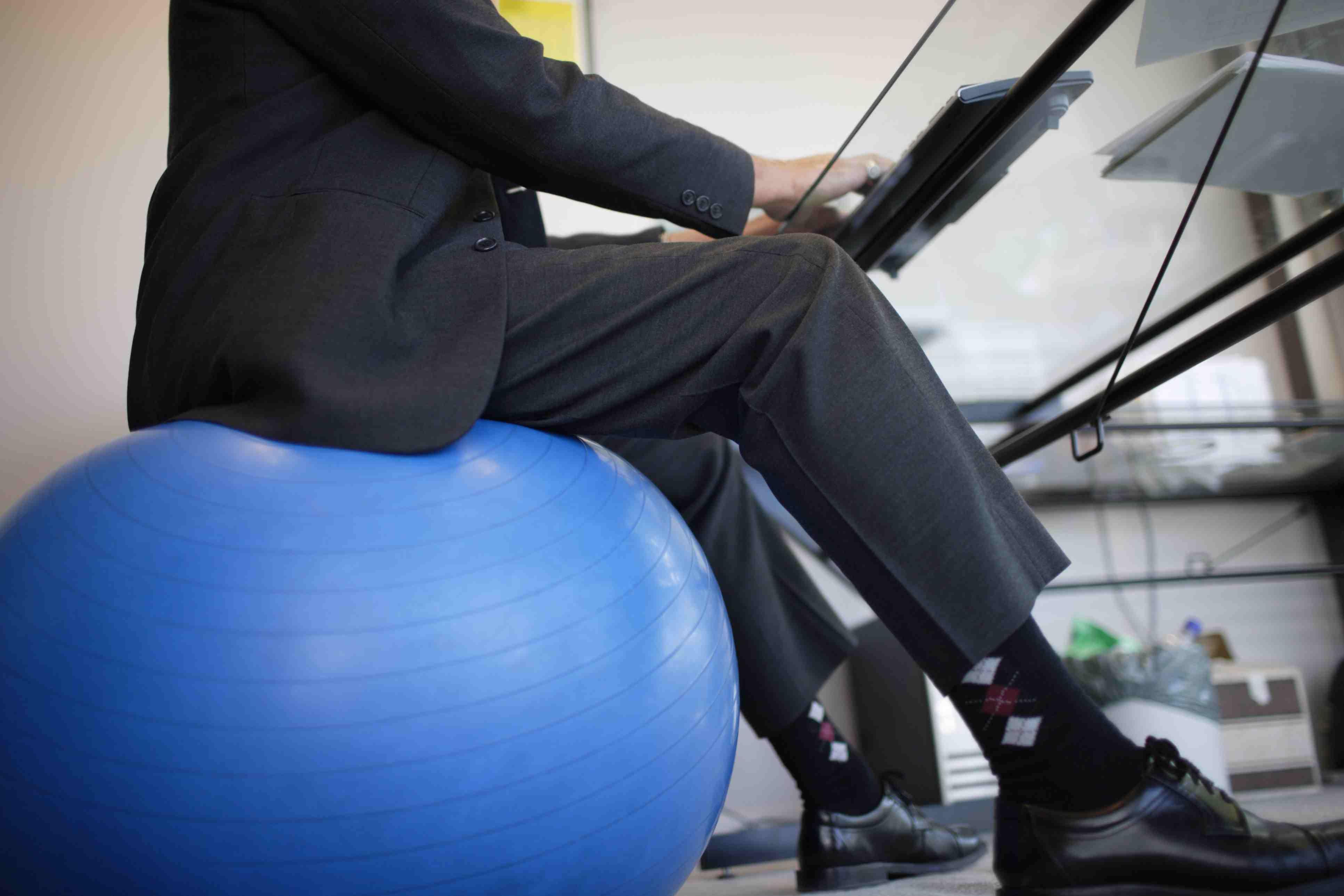 sitting exercise ball Darren Robb Stockbyte Getty 001 56a9db5d3df78cf772ab1c6b