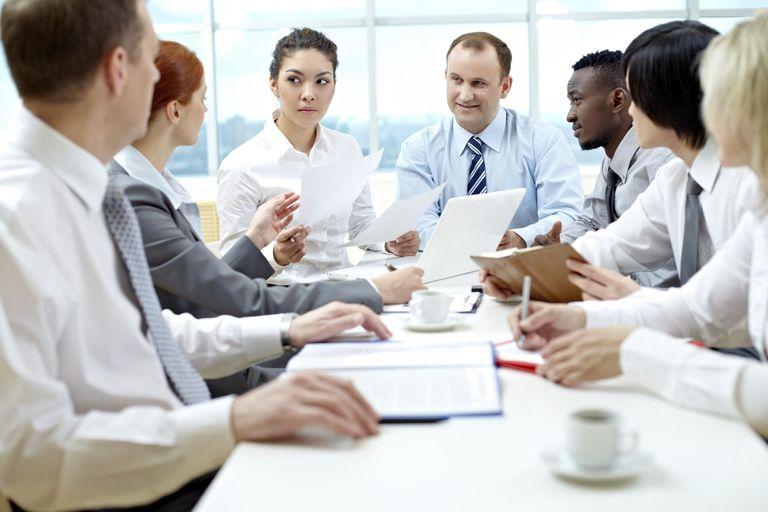 Big meeting Big business team meeting in b...