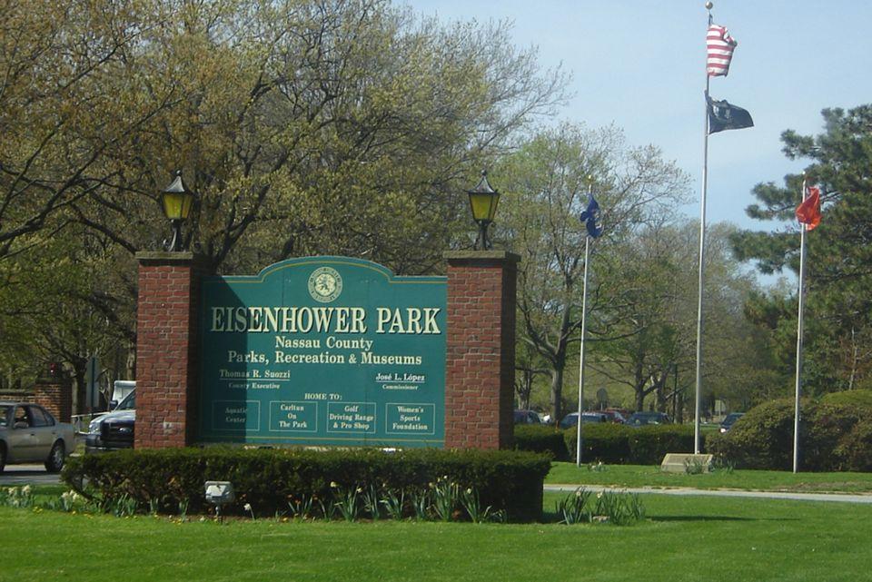 Garden City Long Island Public Library