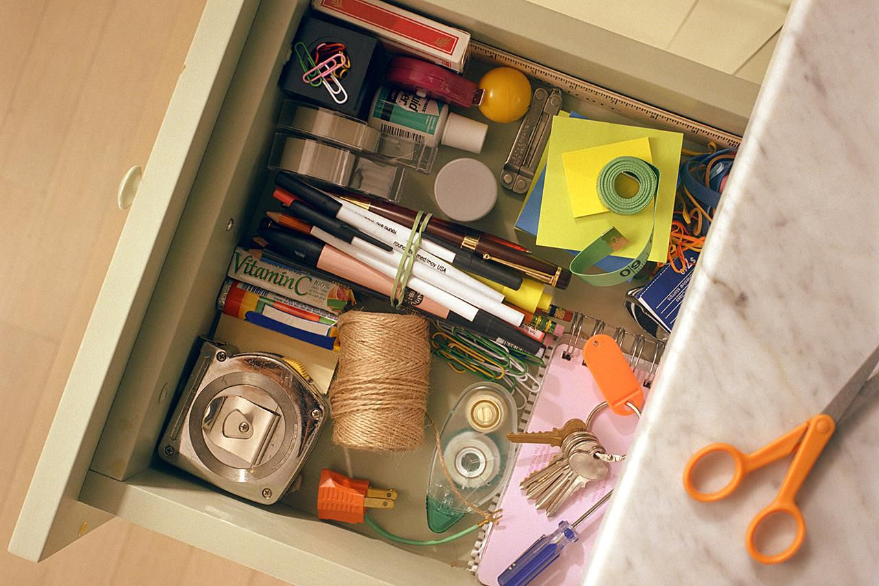 how to organize a junk drawer in 30 minutes