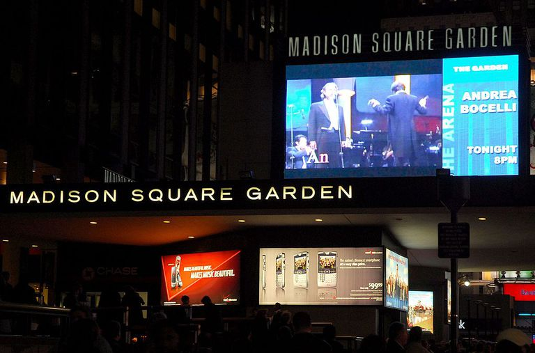 The exterior of Madison Square Garden is seen prior to Andrea Bocelli's concert on November 30, 2006 in New York City.