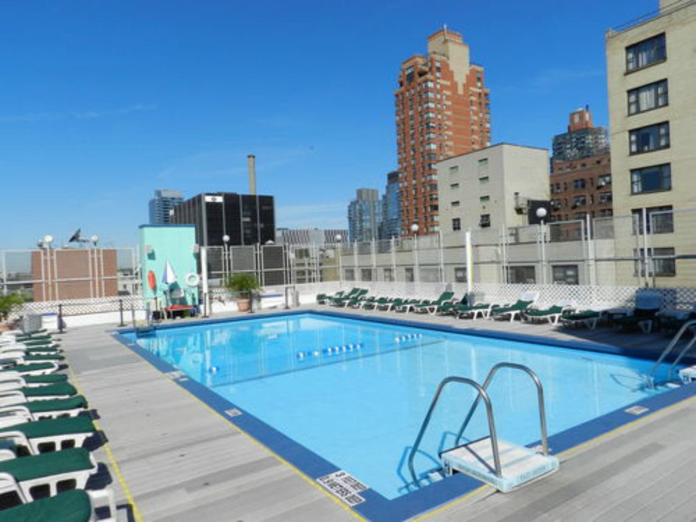 Best new york city hotels with swimming pools - Hotel new york swimming pool roof ...