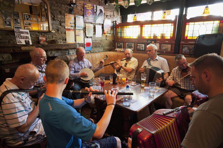 Pub session, Milltown Malbay, County Clare, Ireland