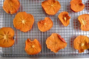 Oven-Dried Persimmon Rounds