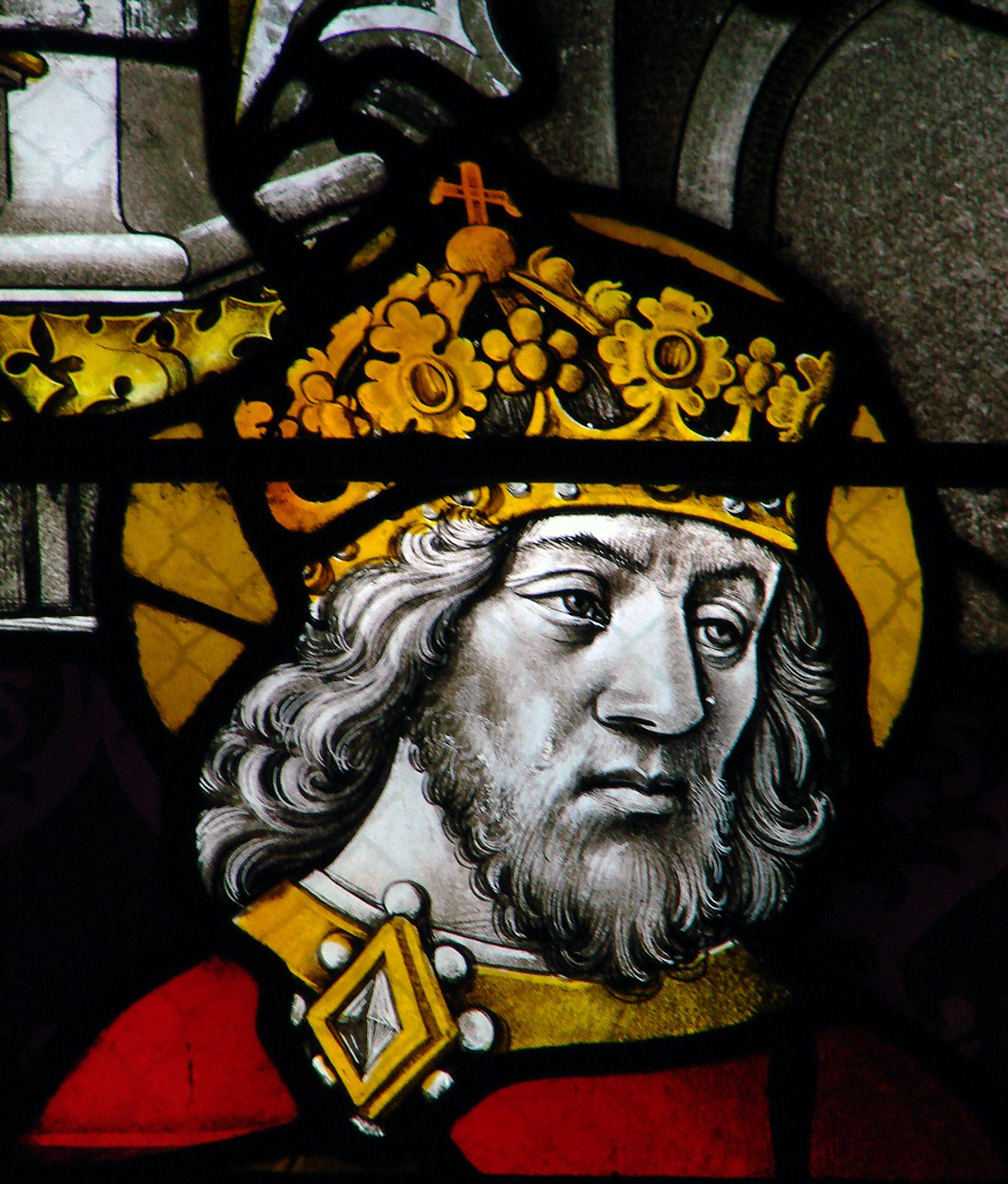 the life and reign of charlemagne a king of the franks the lombards and a holy roman emperor Charlemagne, or charles the great, was king of the franks between 768 and 814, and emperor of the west between 800 and 814 he founded the holy roman empire, strengthened european economic and political life, and promoted the cultural revival known as the carolingian renaissance.