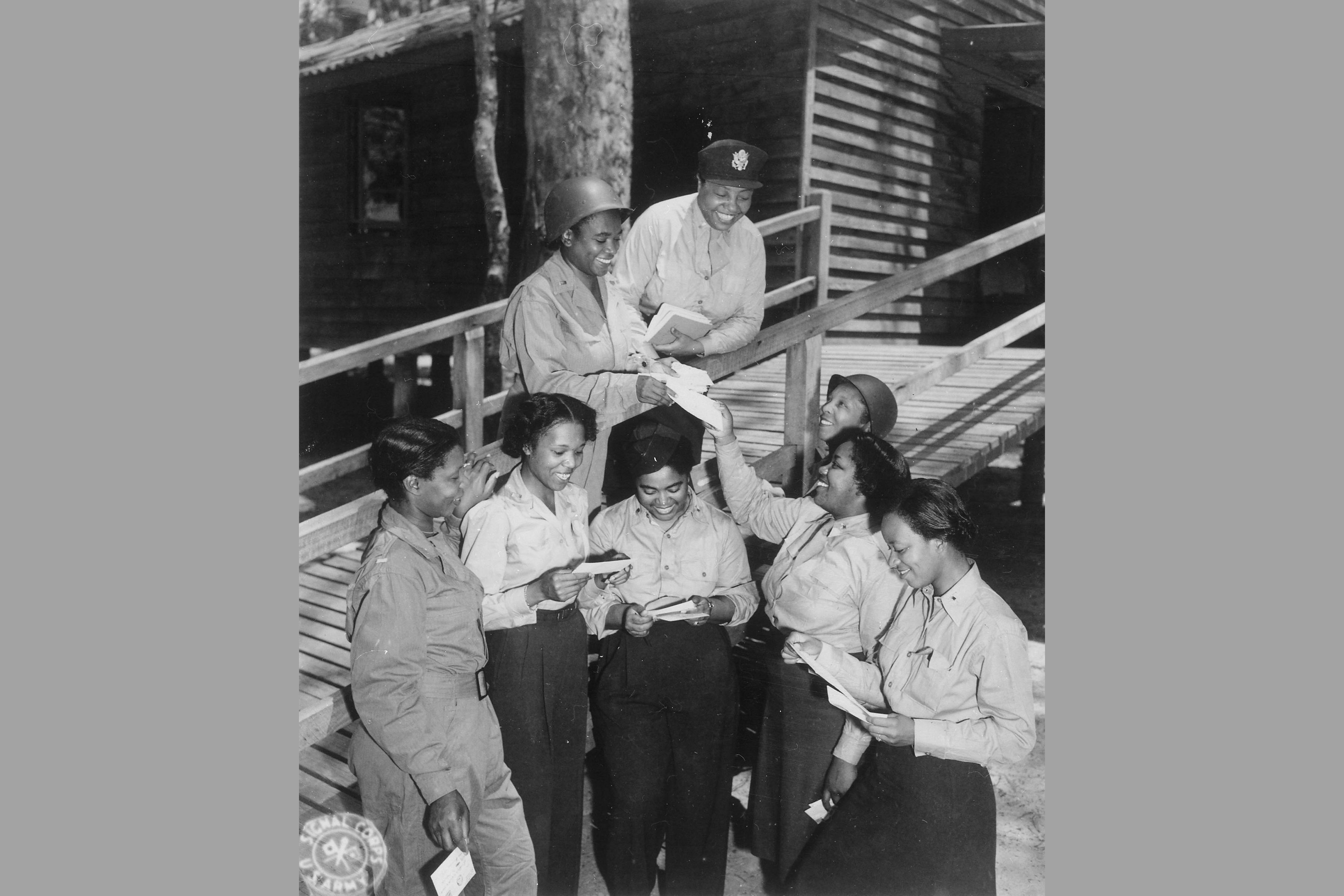 military women in world war i Short history of military nursing: world war ii, 1939-1945  the army never  officially recruited women (the navy did, after the formation of the.