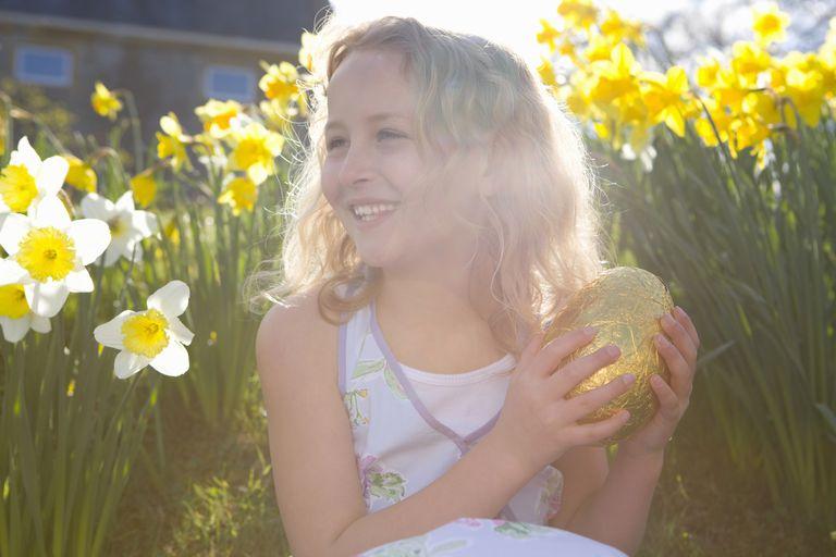 Girl With Golden Egg