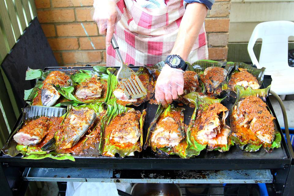 Ikan bakar: Indonesian / Malaysian char-grilled fish