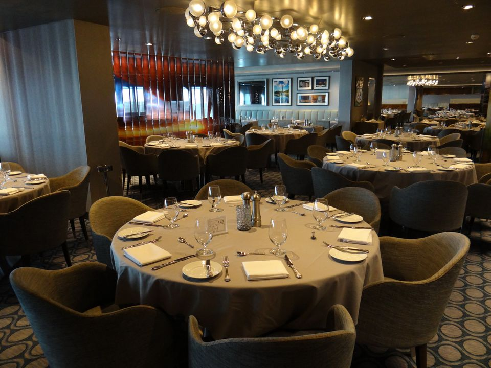 Dining on the Royal Caribbean Quantum of the Seas