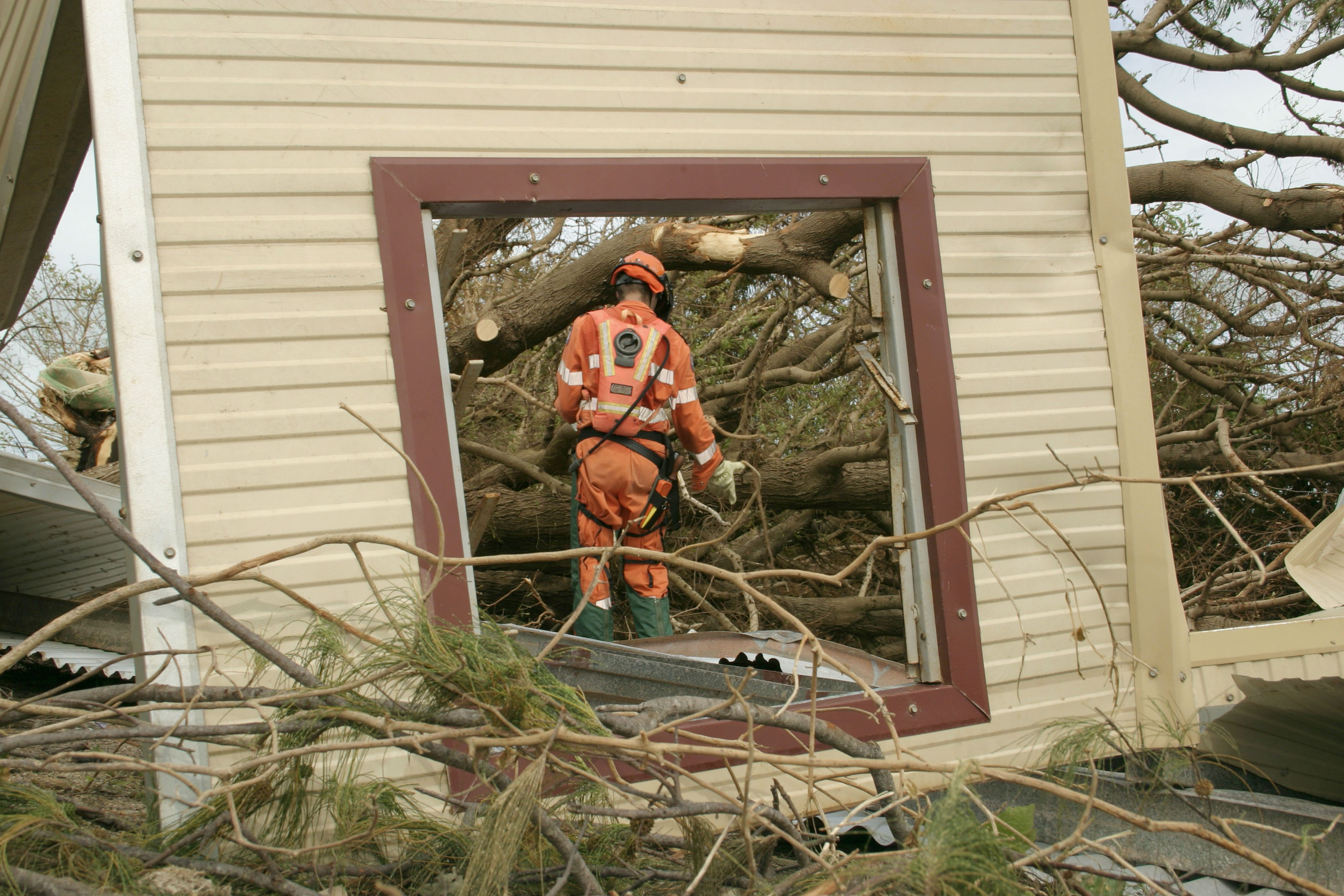 Rodriguez Auto Glass >> Hurricane-Resistant Windows Cost and Advantages