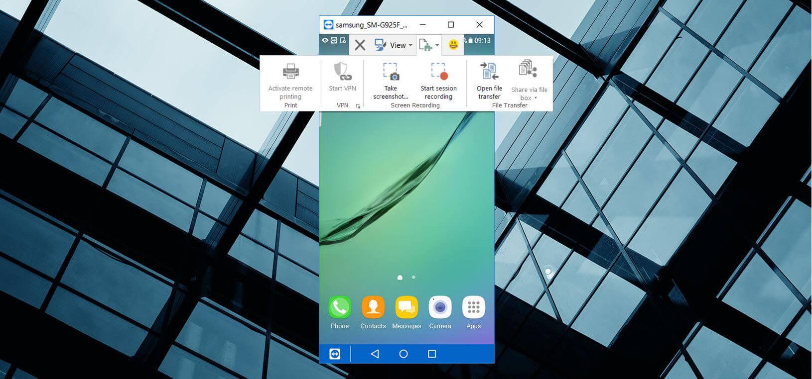 Viewing a smartphone screen on Windows via TeamViewer.