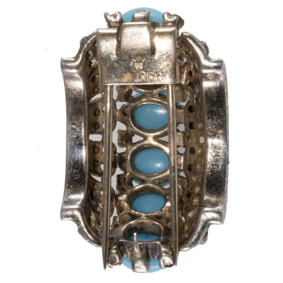 How to Identify and Date Old Brooch Styles