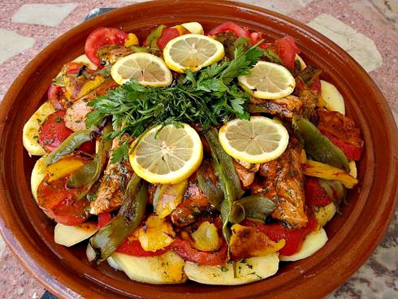 Moroccan fish tagine mqualli recipe for Authentic moroccan cuisine