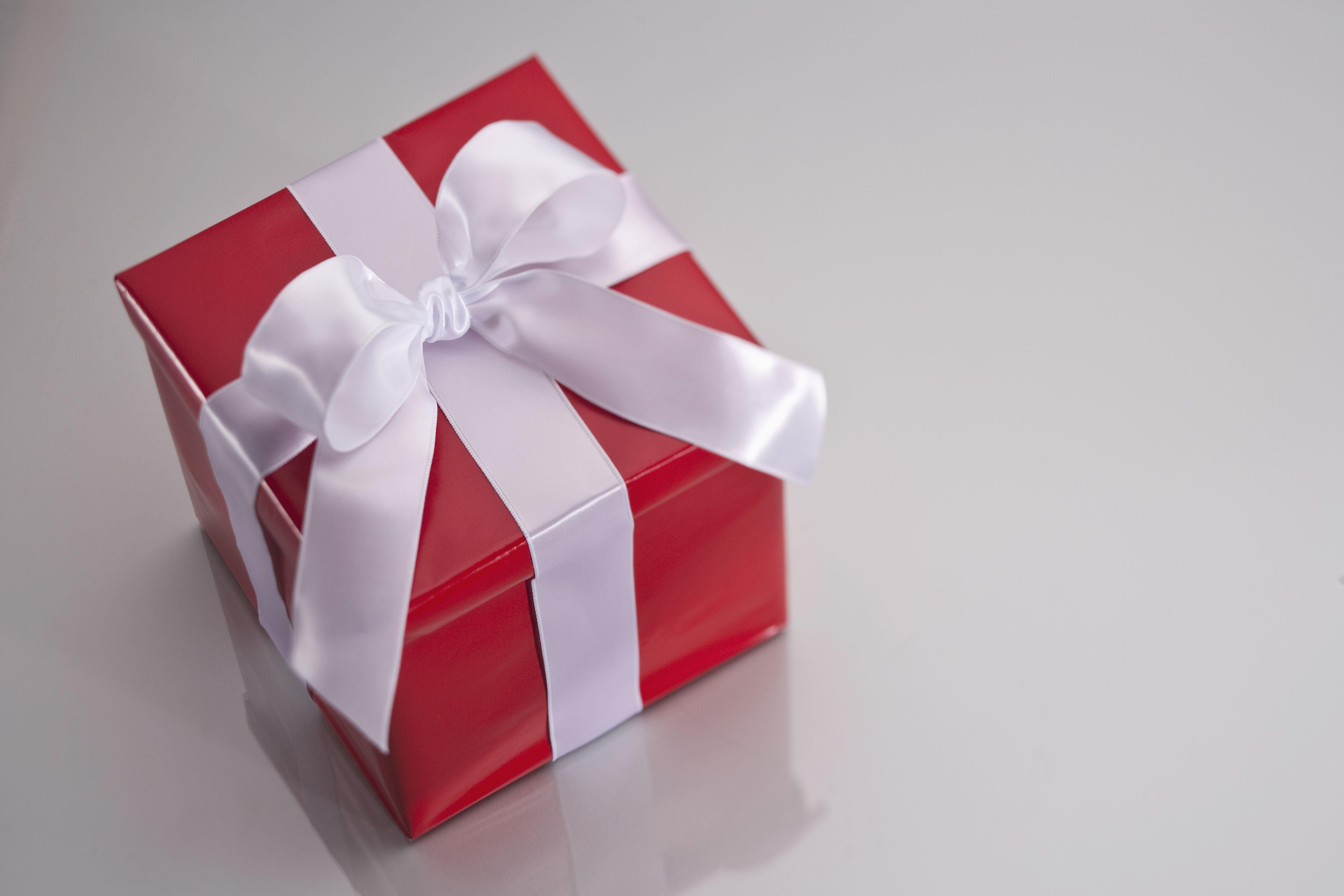 Нематериальные подарки на юбилей