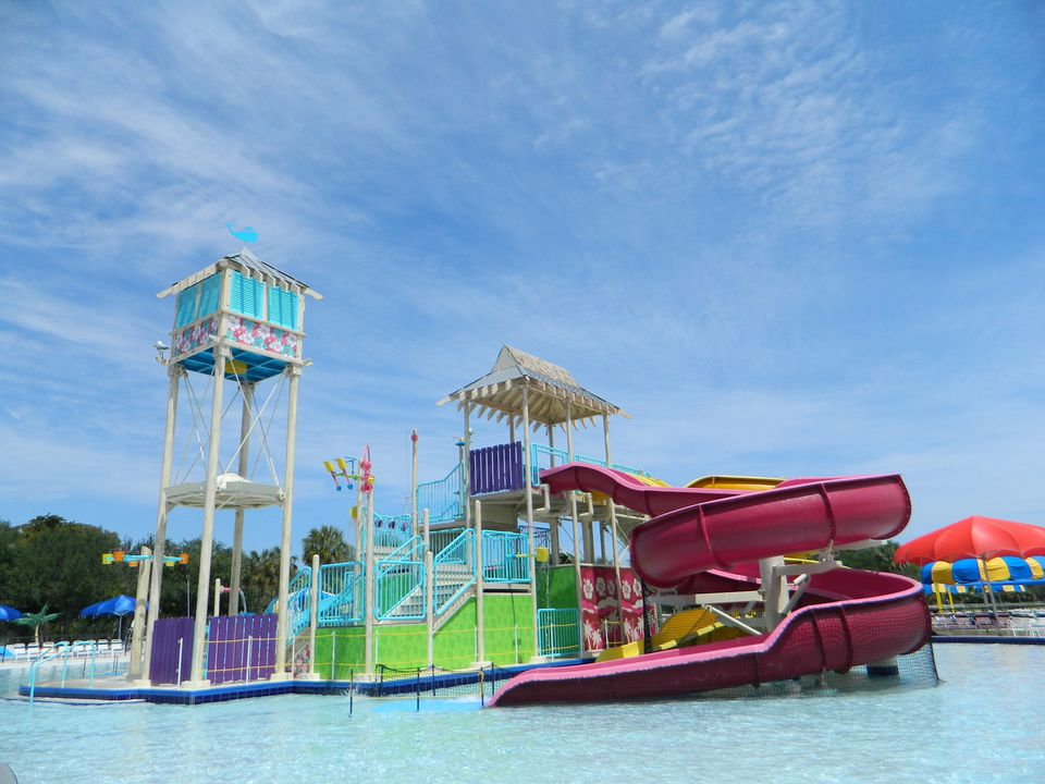 fun water parks in the greater ft lauderdale area. Black Bedroom Furniture Sets. Home Design Ideas