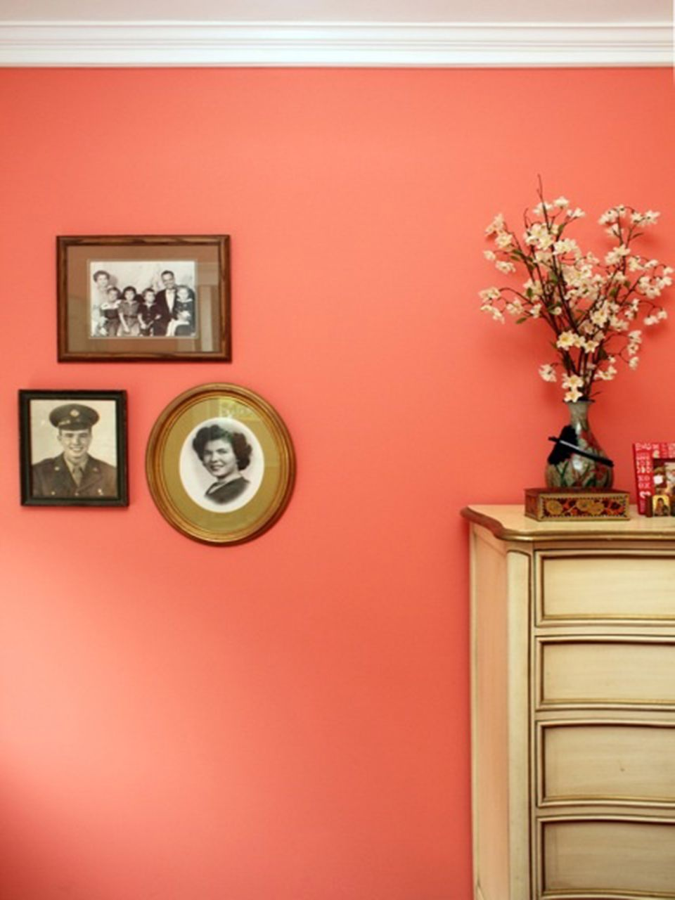 5 Ways to Decorate With Coral