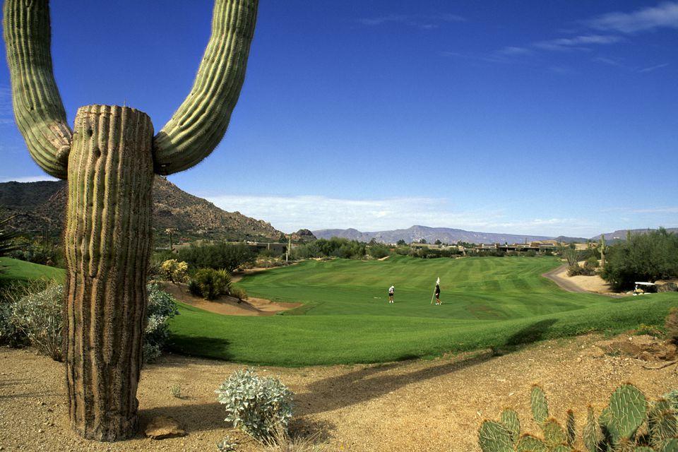Arizona, Phoenix, The Boulders Golf Course.