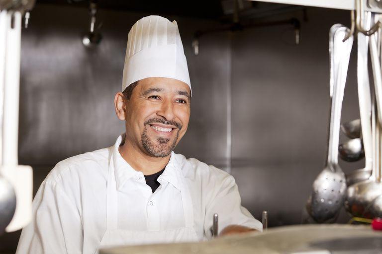 Un chef en su cocina