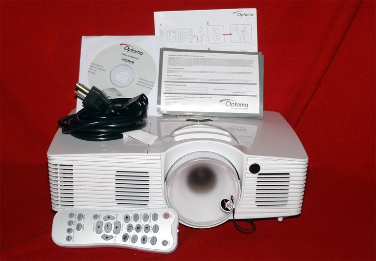 Optoma HD28DSE DLP Video Projector Package