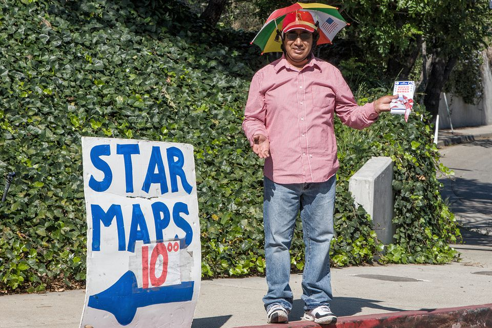 Selling Star Maps in Beverly Hills