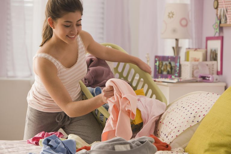 A chore contract can the be the key to getting your teen to do chores on time.