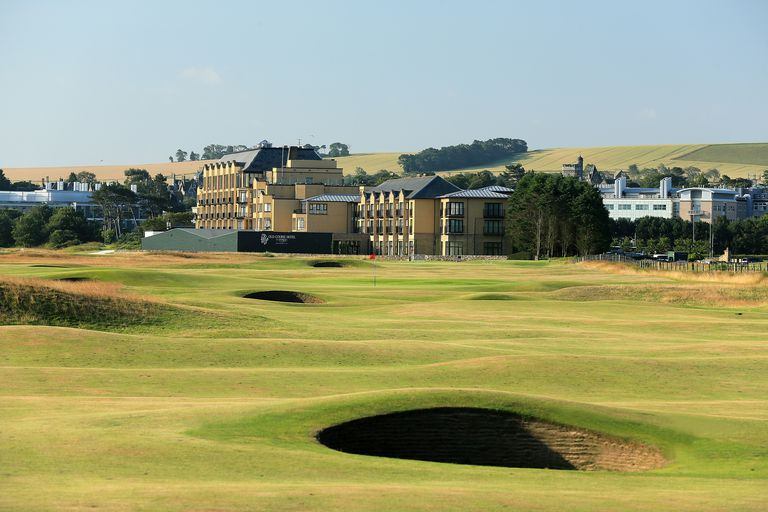15th hole on the Old Course at St. Andrews