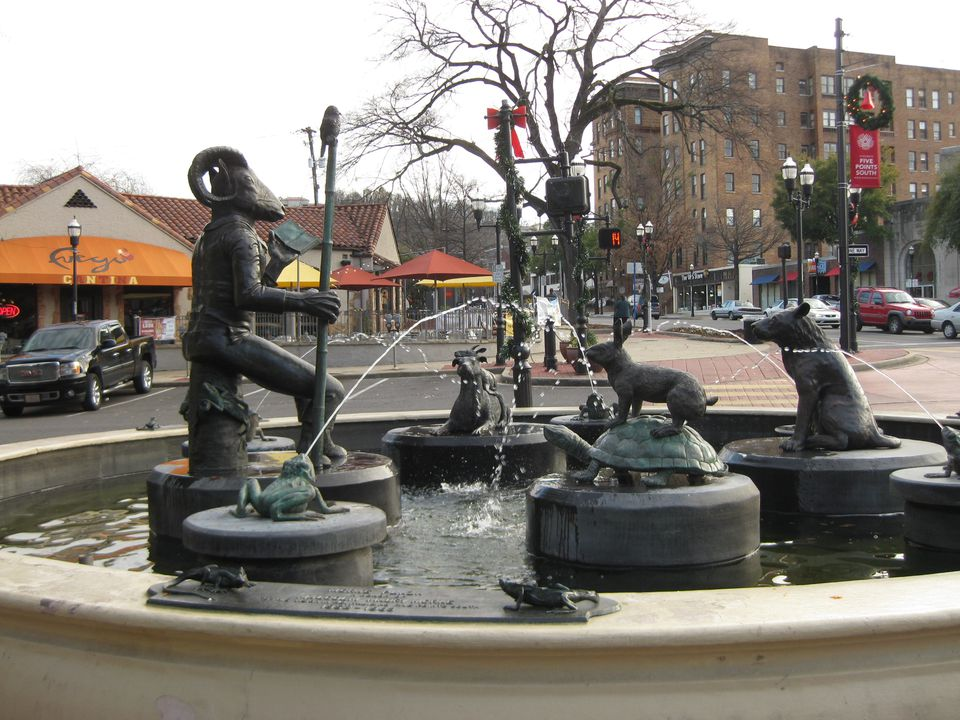 Five_Points_fountain_2.JPG