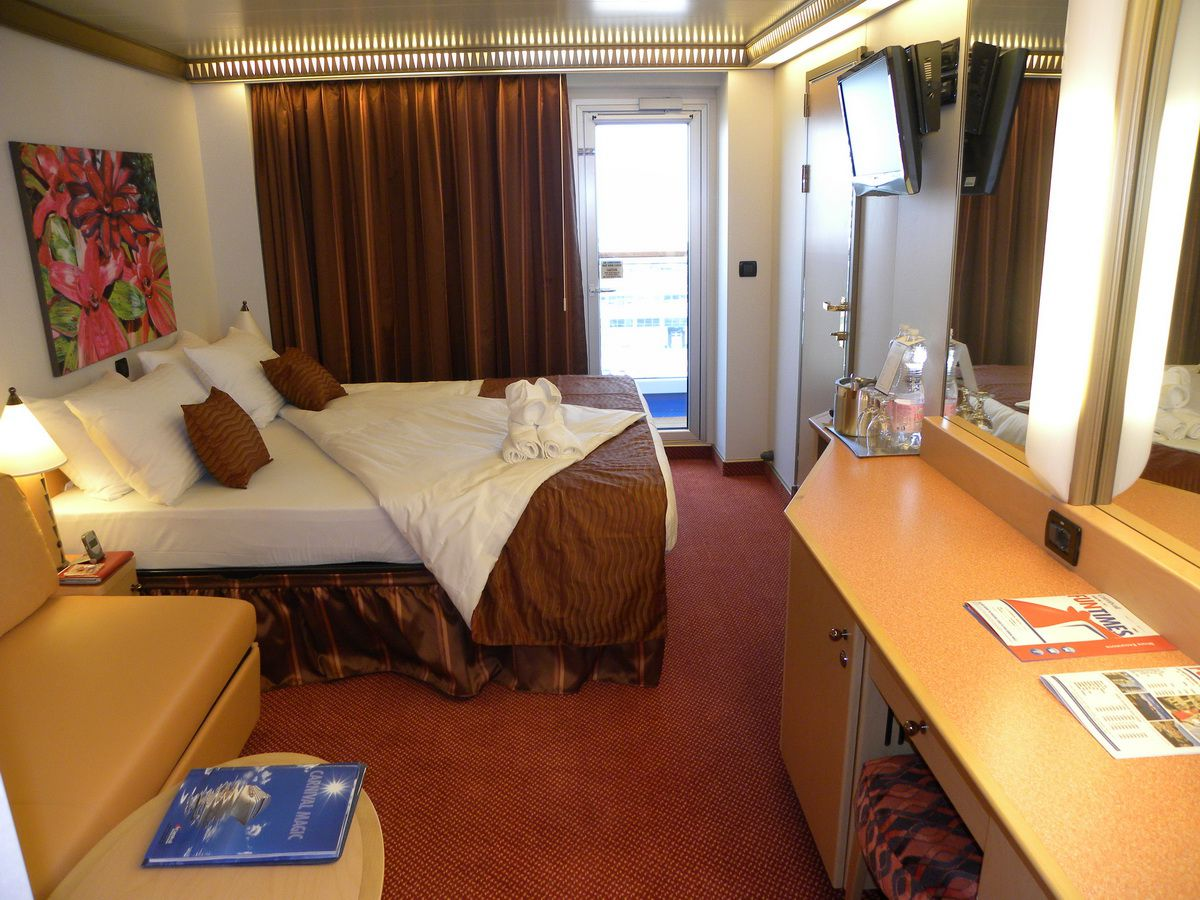 Carnival magic cruise ship balcony cabins for Which cruise line has single cabins