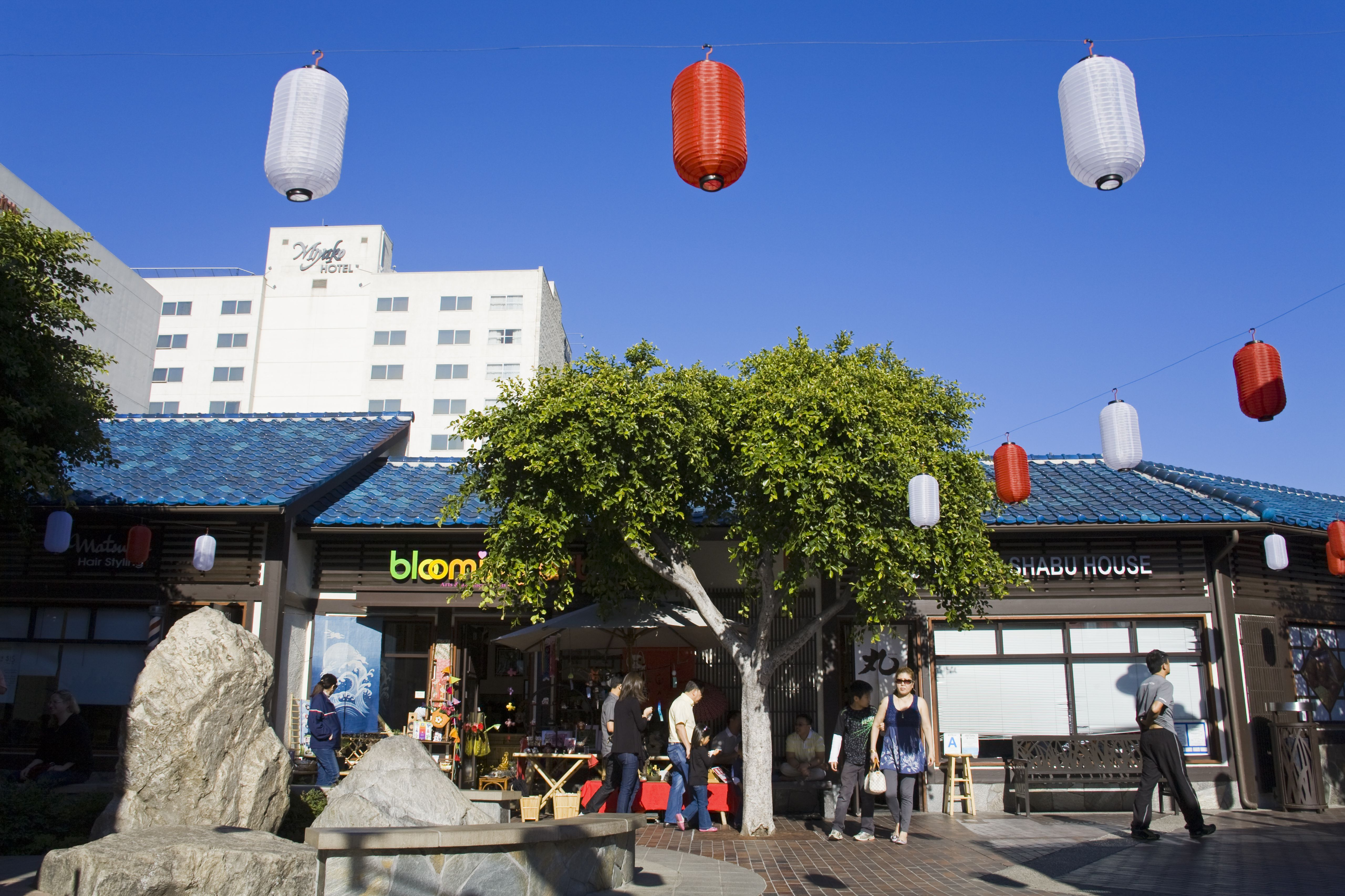 japanese village plaza in little tokyo 59e3cef2d963ac0011d79b21