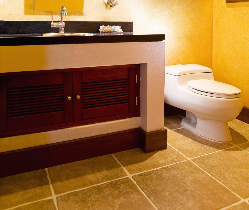 Small Bathroom With Tile Floor