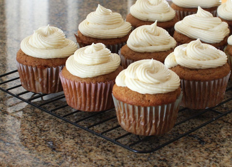 Apple Butter Cupcakes With Fluffy Cream Cheese Frosting