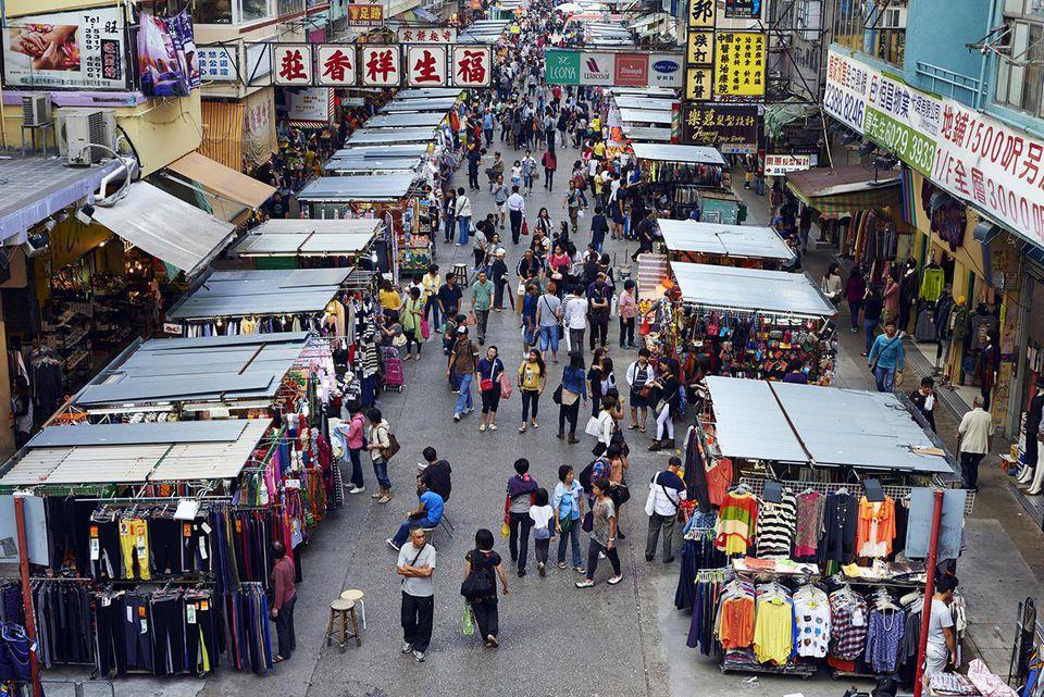 China, Hong Kong, Kowloon, Mongkok, Sai Yeung Choi Street South