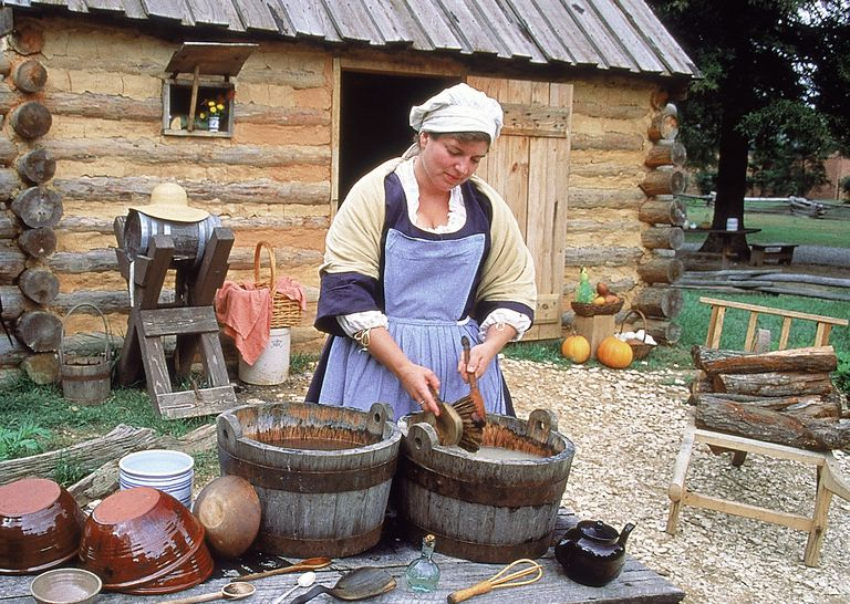 ColonialWoman_1500.jpg