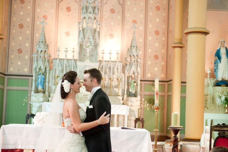 Matrimonio Catolico Pasos : Ceremonia de matrimonio católico con misa
