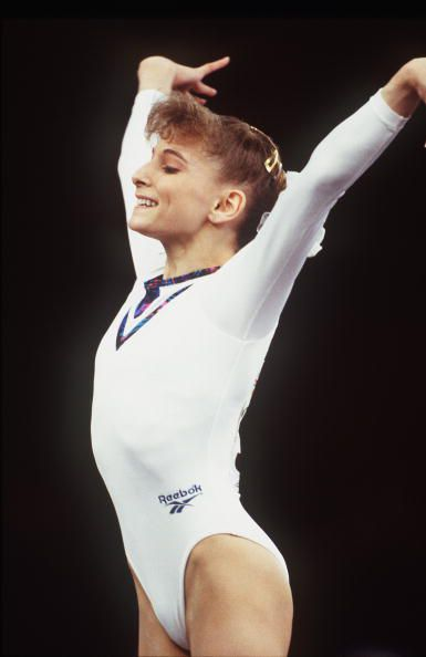 Gymnast Shannon Miller competes at the 1993 World Gymnastics Championships
