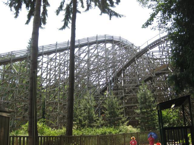 Timberhawk Rollercoaster