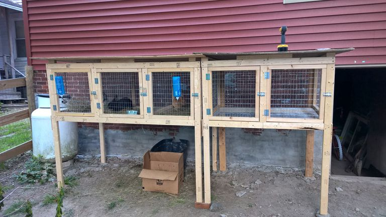 9 completely free diy rabbit hutch plans for Easy diy rabbit cage budget