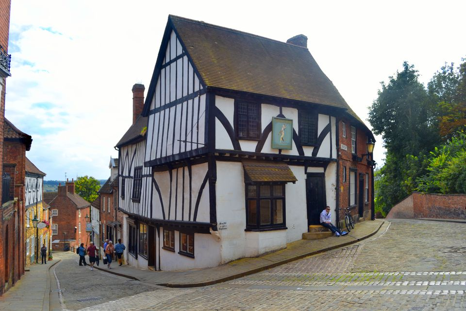 Lincoln Uphill, the Medieval Heart of a City