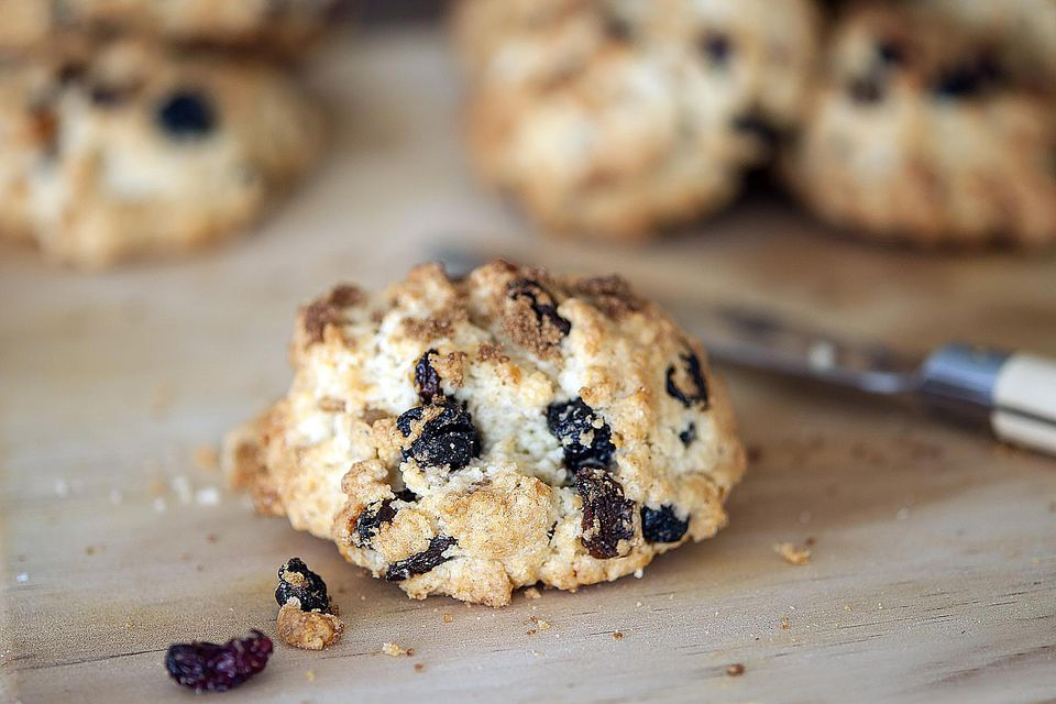 How To Bake Rock Cakes