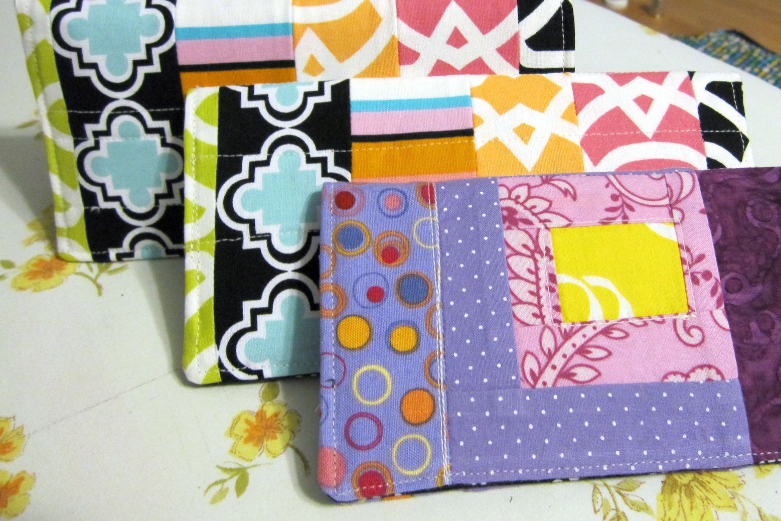 Fabric Cheque Book Cover ~ Fabric checkbook cover free sewing pattern