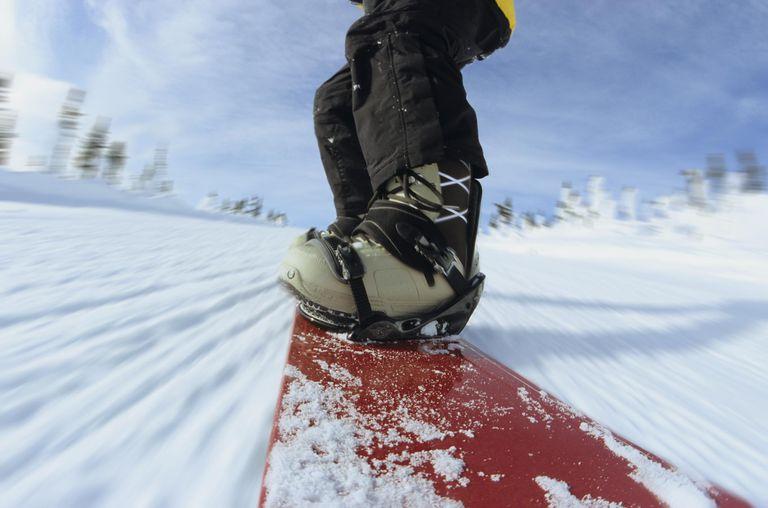 Snowboarding, Hudson Bay Mountain, Smithers, British Columbia, Canada