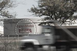 Exxon Posts Lower Net Revenue On Refining Costs