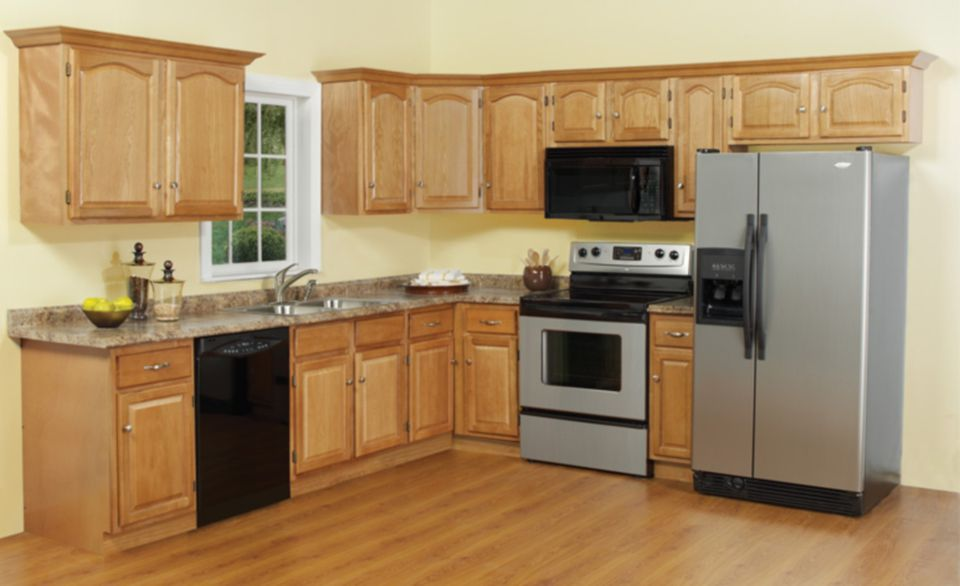 8 of the most popular kitchen cabinet door styles for Cathedral arch kitchen cabinets