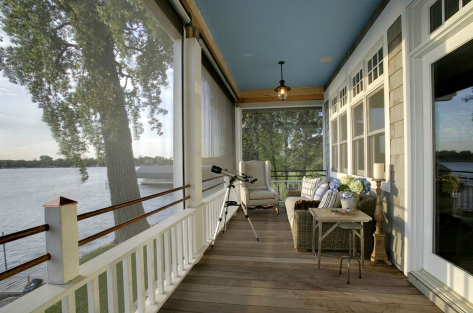porch overlooking lake