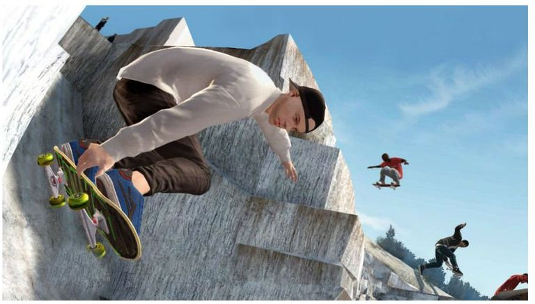 Skate 3 screenshot of skateboarders