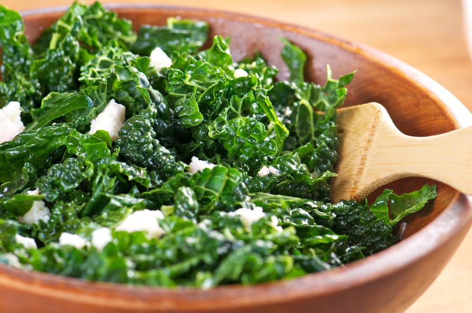Simple Kale Salad With Cheese