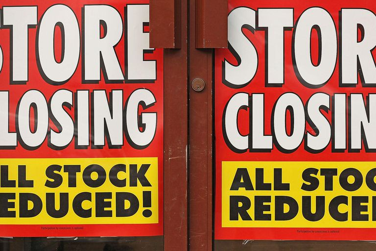 Woolworths Store Closures Begin