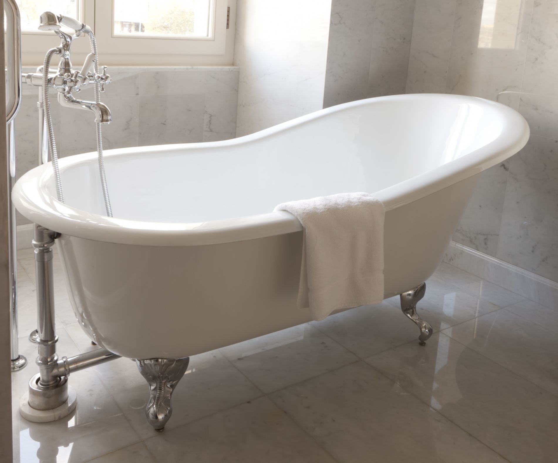 How To Clean a Refinished Bathtub