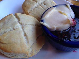 hot cross buns and jam