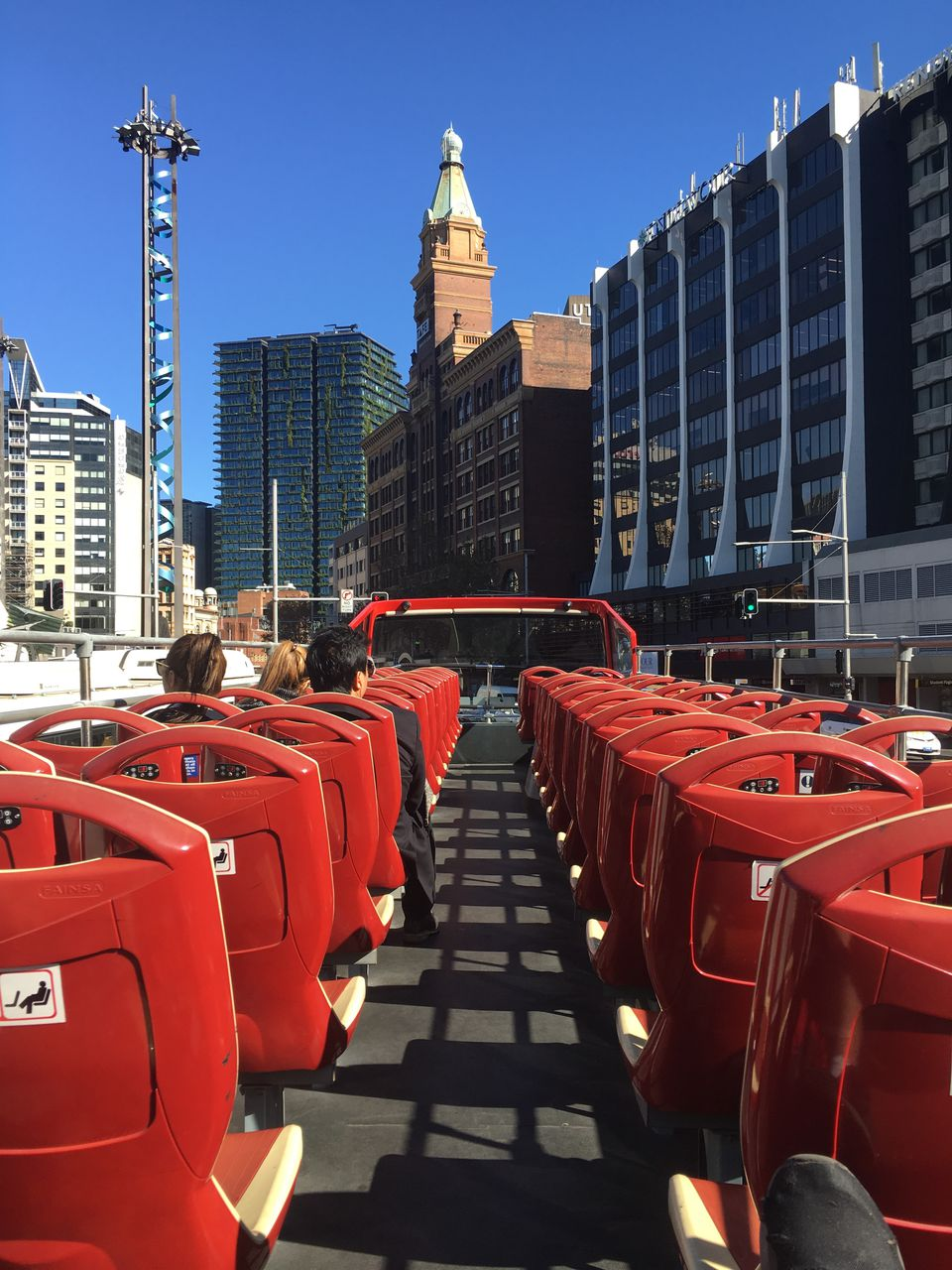 Business travelers should take a bus tour in Sydney